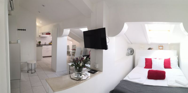 Mansarda Tourist House Bologna - Apartments Centre Bologna