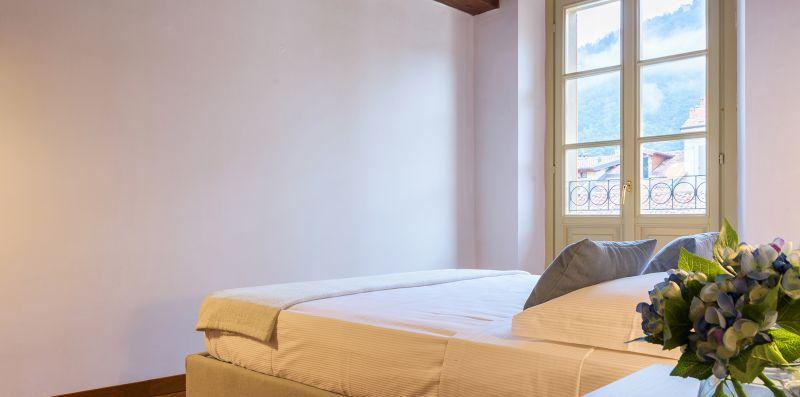 Camera da letto matrimoniale con spalliera - Contrada San Giacomo