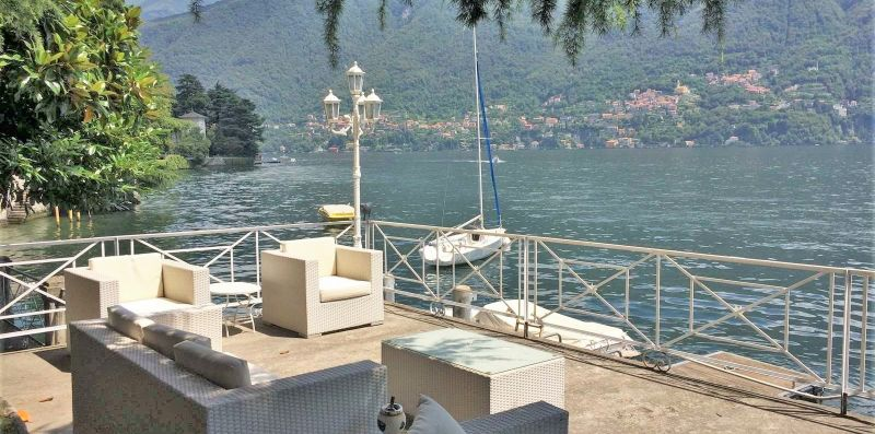 Villa Lucia Laglio with private lake access - Target Rent