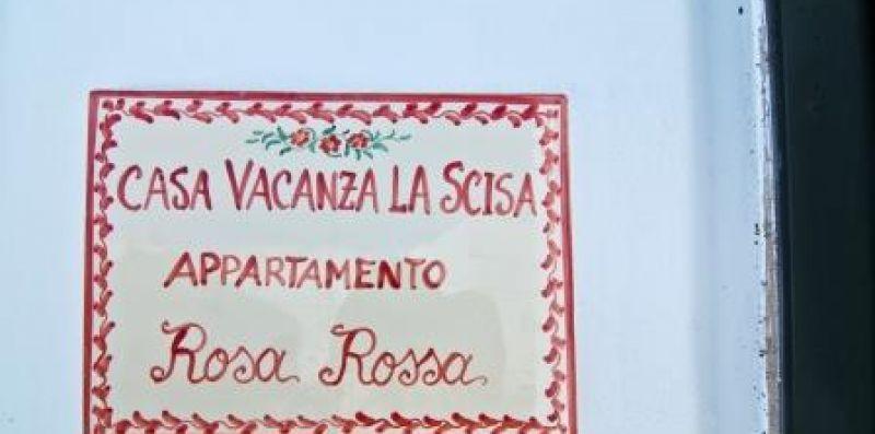 "Casa Vacanza La Scisa ""Apt Rosa Rossa - casavacanzalascisa"