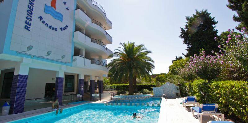 Holiday Trilocale Comfort Giardino - Cerrano Apartments
