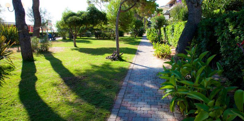 Pinetina Chiarenza - Cerrano Apartments