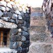 Scalinata ad angolo in pietra esterna - Zighidì Bellavista