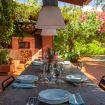 Tavolo in legno esterno per pranzi o cene - Giardino di Michela