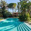 Accesso facilitato alla piscina rettangolare - Villa D'Amare