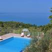 La piscina privata con i lettini - Il Giardino sul Mare