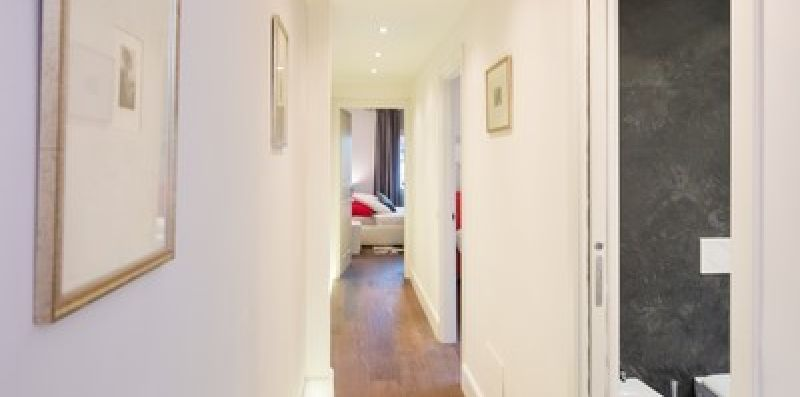 CENTRAL LOUISA APARTMENT - Doorways to Italy