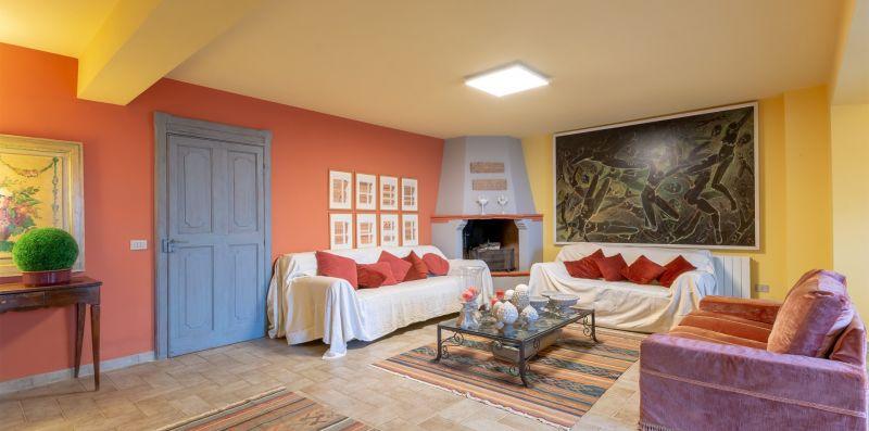 VILLA IN UMBRIA CON PISCINA - Doorways to Italy
