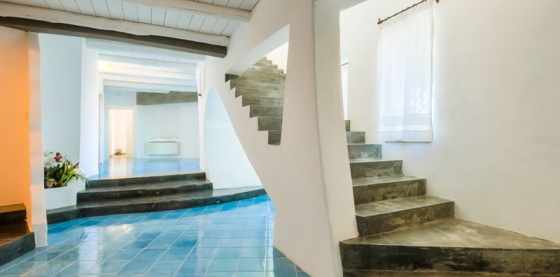 SPLENDIDA VILLA CON PISCINA IN SARDEGNA - Doorways to Italy