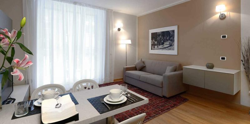 1 Bedroom with Terrace Romeo- Central Station  - Milan Retreats