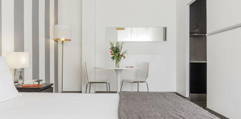 1 Bedroom Studio Economy - Duomo Terrace - Milan Retreats