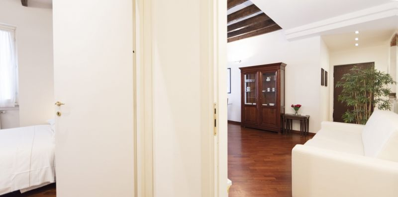 1 Bedroom Apartment - Porta Venezia - Milan Retreats