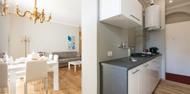 3 Bedrooms Apartment - Plinio Central Station - Milan Retreats