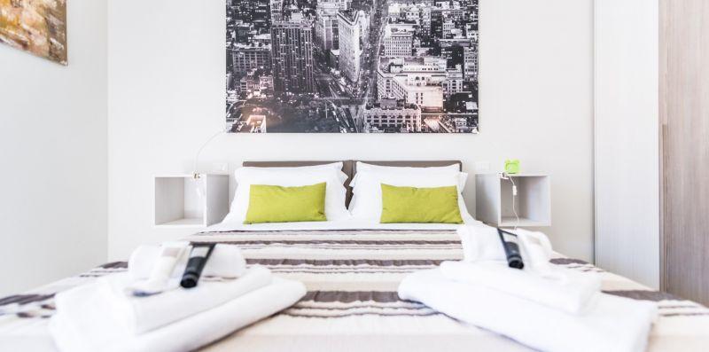 Raffinato appartamento con posto auto - Estay srl