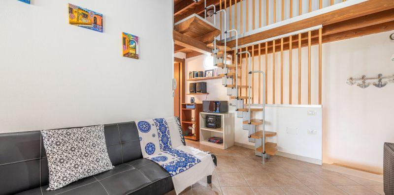 Delizioso appartamento vicino al Mare - Estay srl
