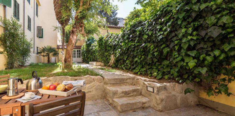 The Garden Niche - FLORENCE CONCIERGE