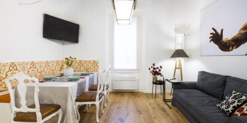 GetTheKey San Vitale Apartment - GetTheKey