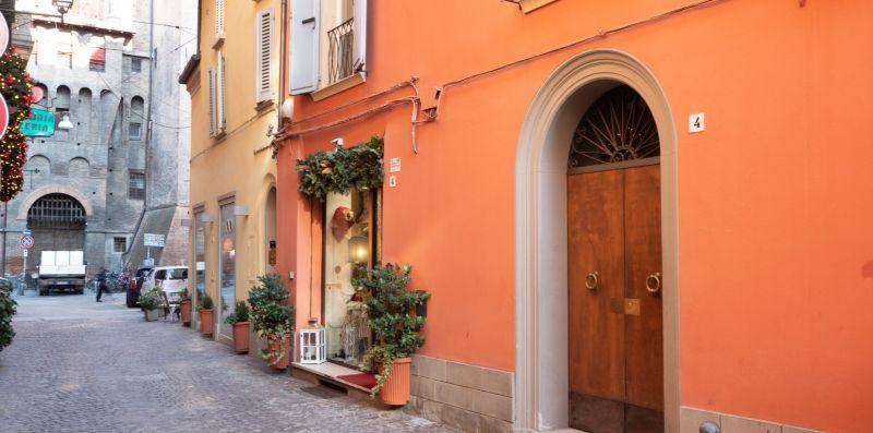 Realkasa Piazza Maggiore Apartment - realkasa