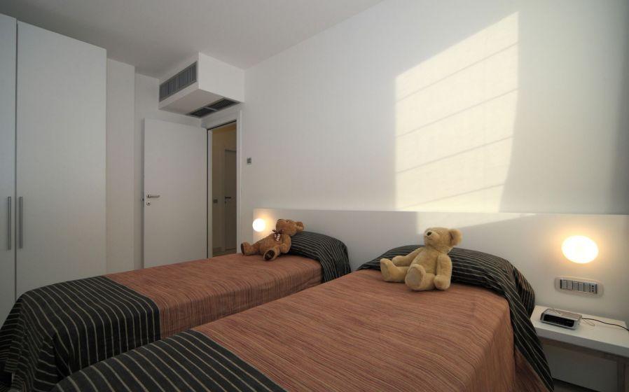 B004 SUPERIOR 2 BEDROOM +