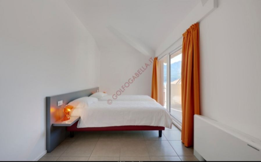 E302 PENTHOUSE 2 BEDROOM