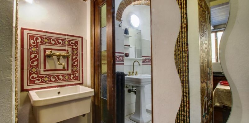 Central Apartment offers tranquility few minutes walk from the Duomo -  ST SRLS