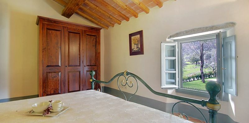 Villa Casaglia 2-apartment With Shared Pool -  ST SRLS
