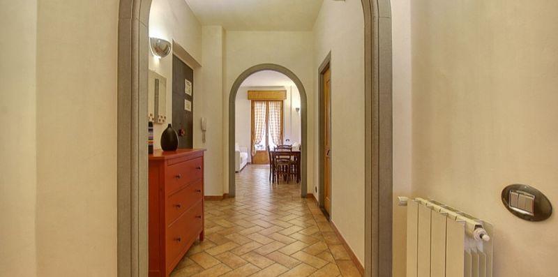 Ponte Vecchio Guicciardini Apartment With Patio -  ST SRLS