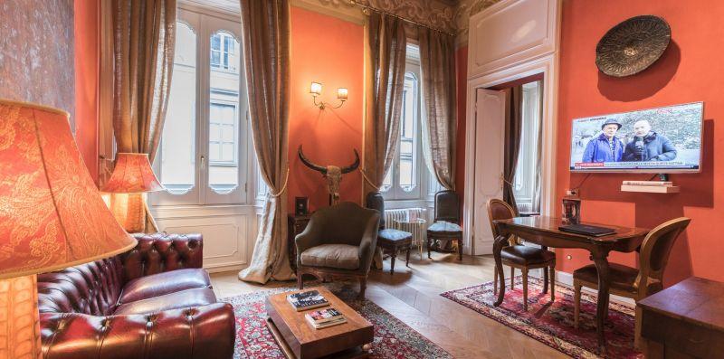 Quadrilatero della moda luxury suite n.2 - Hemeras Boutique Homes