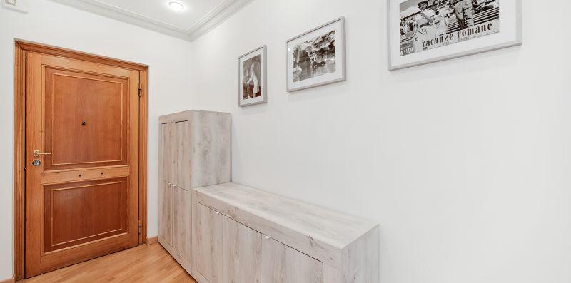 Peroni 8 Pax Brand New Apartment - iFlat