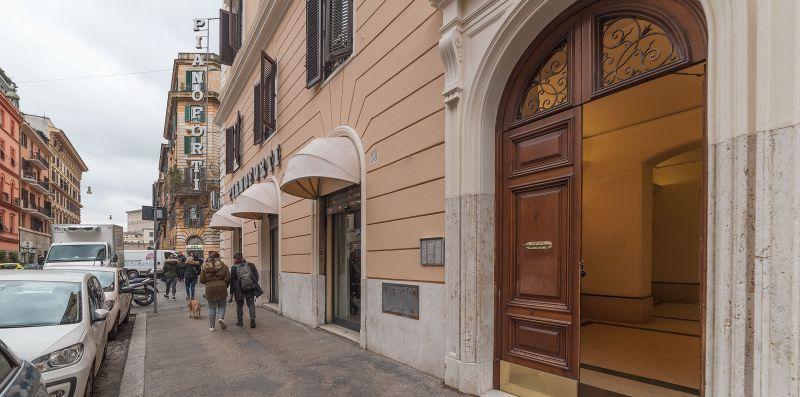 Vatican Rooftop Terrace - iFlat