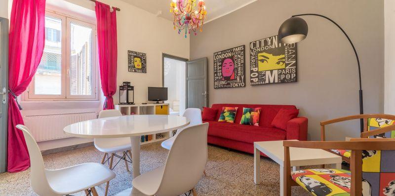 Borgo Vittorio Delightful and Colored - iFlat