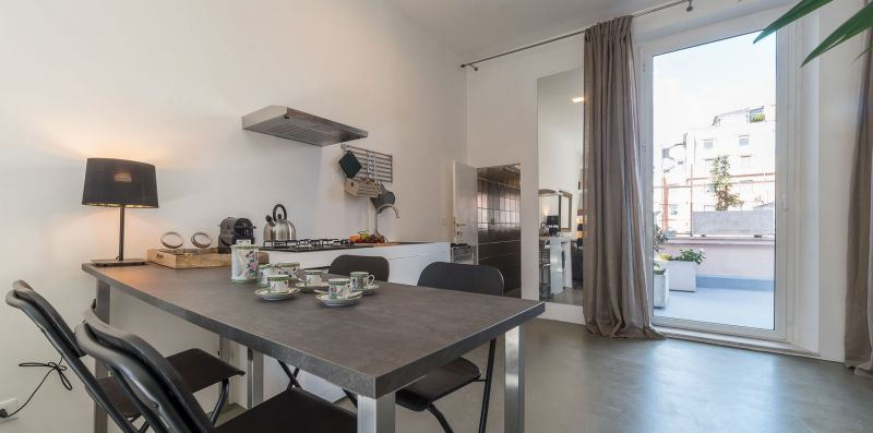 Esquilino Industrial Loft with Terrace - iFlat
