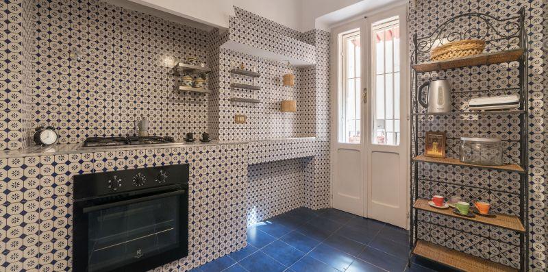Spanish Steps 6 Pax Apartment - iFlat