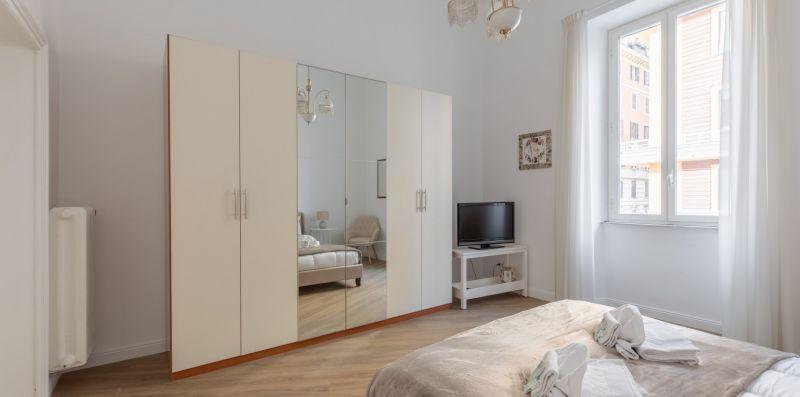Piazza Dante Modern Apartment - iFlat