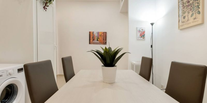 Lovely and Bright 2 bed flat near Termini - iFlat