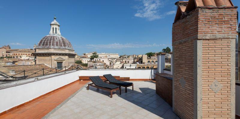Monti's Amazing View - iFlat