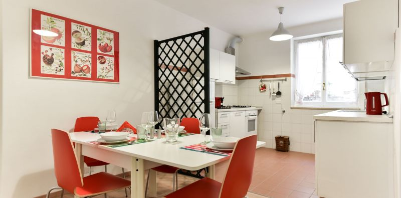 Red & White Vatican Apartment - iFlat