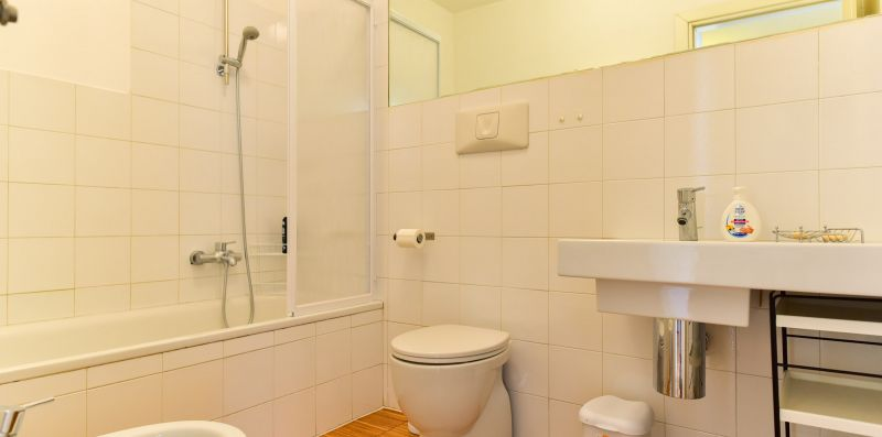 Libetta 8pax Apartment - iFlat