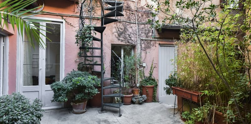 Monti secret Garden - iFlat