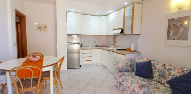 Rif.B16 - MEDITERRANEO - Immobiliare Arcobaleno di Cecinini Elena