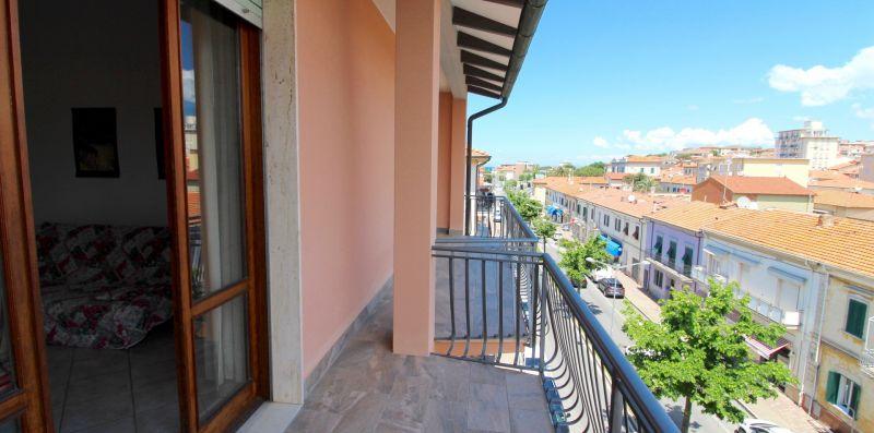 Rif. V13 - ARANCIO 3 - Immobiliare Arcobaleno di Cecinini Elena