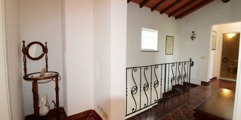 Rif. VSB - VILLA SAN BARTOLO  - Immobiliare Arcobaleno di Cecinini Elena