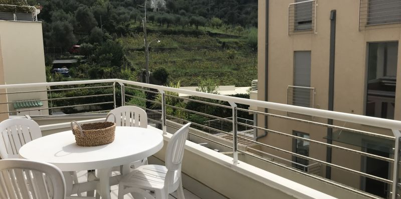One bedroom apartment in modern residence - Levanto Immobiliare