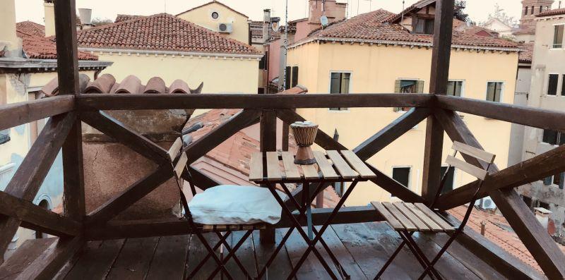 Roof Terrace - Melusina Homes