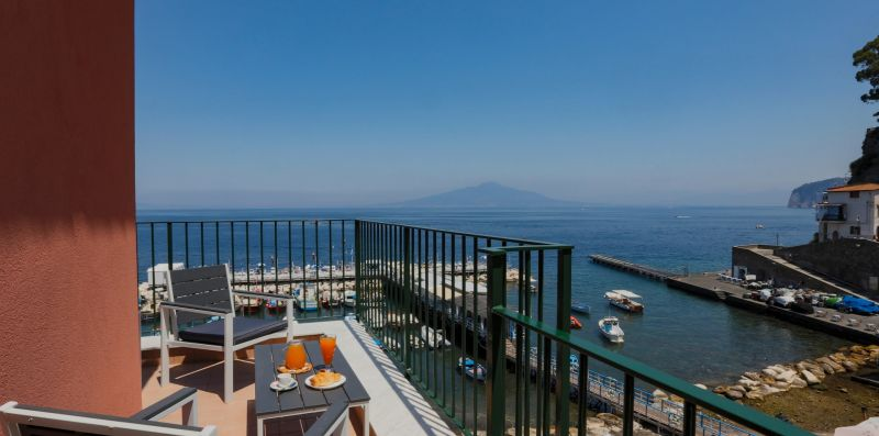Sea View Apartment in Marina Grande - Sorrento Vibes