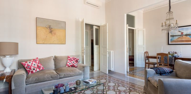 Villa Borghese Luxury Apartment - Rome Sweet Home