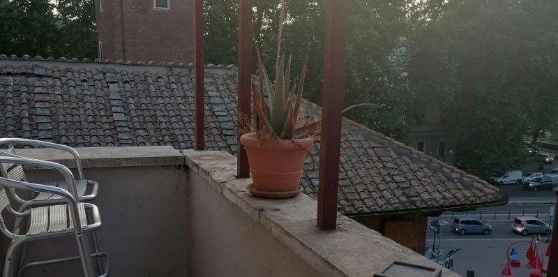 Trastevere Enchanting Two Bedroom Balcony - Rome Sweet Home