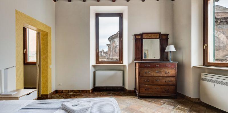 Pantheon Luxury Enchanting Apartment - Rome Sweet Home