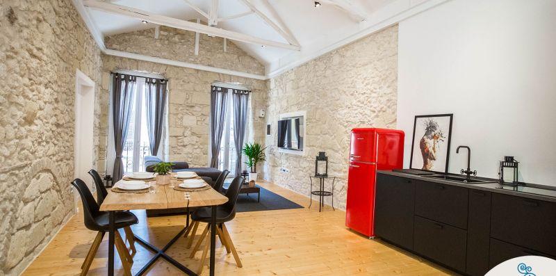 Maison del Corso - Charming house, historic centre - Strangiu