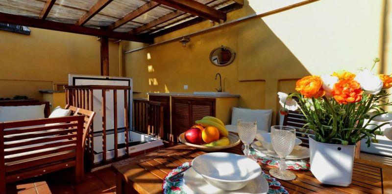 Ciancaleoni - Romantico monolocale con terrazzo - Weekey Rentals